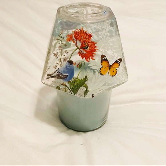 Glass shade with bluebird to cover jar candle